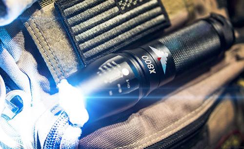 falcon-military-led-flashlight
